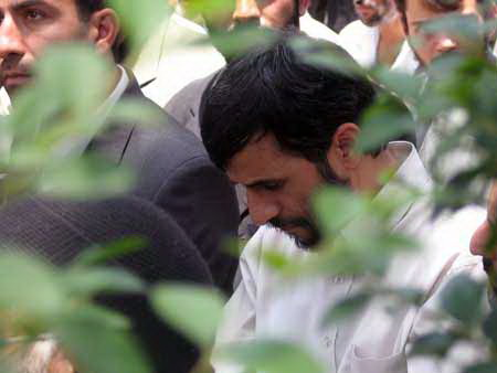 Ahmadinejad is praying